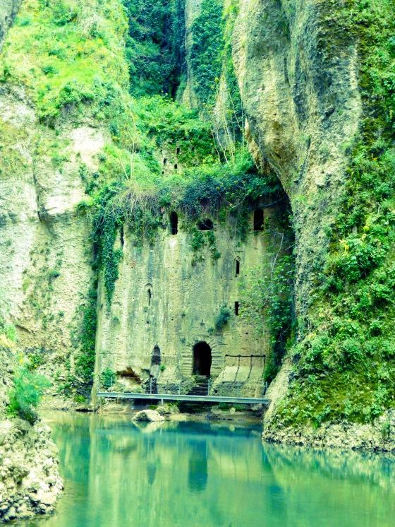 2014 04 116 Ronda (Trip to base of Puente Nuevo, Mina del Palacio del Moro)